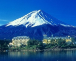 河口湖温泉 富士レークホテルに割引で泊まれる。