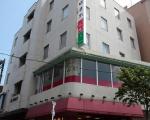 ビジネスホテル ほまれに割引で泊まれる。