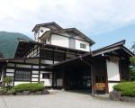 奥飛騨温泉郷 「鄙の館 松乃井」に割引で泊まれる。