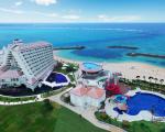 シェラトン沖縄サンマリーナリゾートに割引で泊まれる。