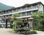 奥飛騨 平湯温泉 岡田旅館に割引で泊まれる。