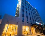 スーパーホテル山形駅西口天然温泉に割引で泊まれる。
