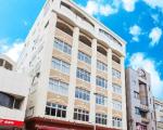 アベストCUBE那覇国際通りに割引で泊まれる。
