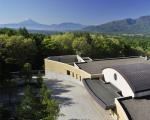 ダイヤモンド八ヶ岳美術館ソサエティに割引で泊まれる。